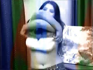 अफगानी महिला नंगा नाच अश्लील डांस