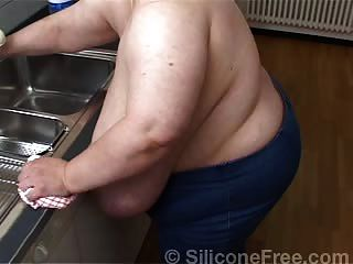 भारी स्तन बड़े स्तन जर्मन बीबीडब्ल्यू - siliconefree.co से Karola