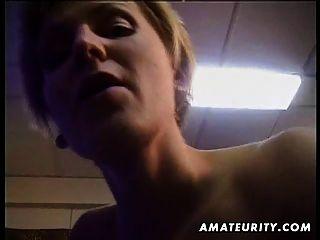 गोरा शौकिया पत्नी बेकार है और सह शॉट के साथ fucks