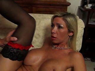 इतालवी बिग Titty एमआईएलए