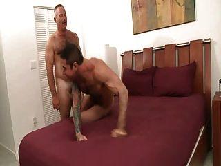 गर्म परिपक्व पुरुषों अच्छा यौन संबंध रखने - MADUROS transando Gostoso
