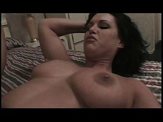 बड़े स्तन आकर्षक उसे गधा बढ़ा हो जाता है
