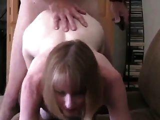 पत्नी एक बकवास के लिए उसके पड़ोसी के दौर चबूतरे!
