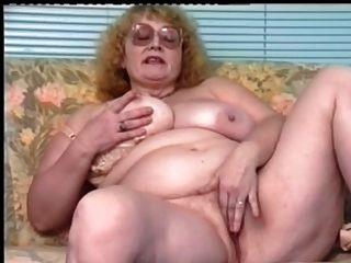 चश्मे dildoing के साथ रेड इंडियन-BBW-दादी