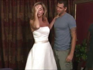चरण माताओं शादी का जोड़ा काल्पनिक