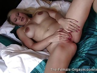 Tegan जेन orgasms, बालों, मुंडा, स्तनपान कराने वाली और अधिक
