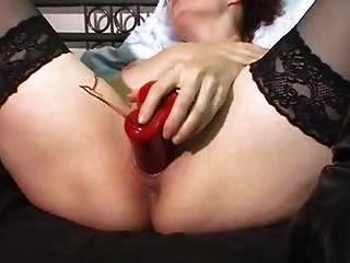 एक लाल थरथानेवाला के साथ संभोग