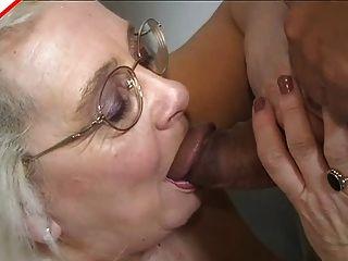 पुरानी मिठाई बिग माँ चूसने