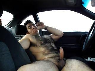 एक कार में बंद jacking