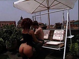 TROC द्वारा टेरेसा विस्कॉन्टी यौन रात का खाना