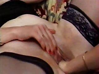 रही और fisting परिपक्व sluts