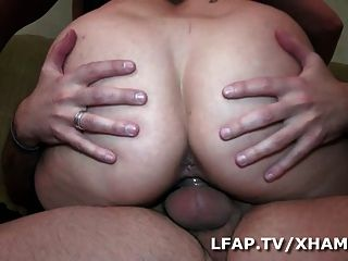 भावनाएं लड़की aux ग्रोस बड़े स्तन एसई हुआ बात पीटर ला Rondelle