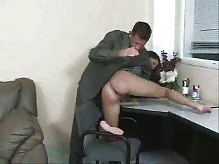 सचिव केली spanked ... F70