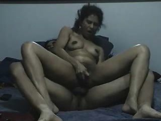डीपी गुदा का अभ्यास पत्नी