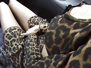 अड़चन यात्री महिला rimmjob और blowjob के साथ भुगतान करता है