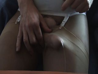 Pantyhose में कमिंग
