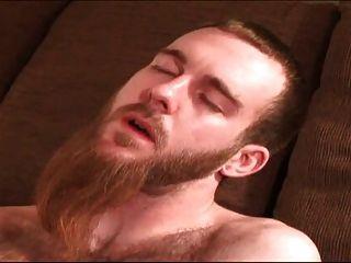पिताजी और नहीं उसकी दाढ़ी वाले बेटे कमबख्त
