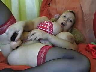 बड़े स्तन के साथ बीबीडब्ल्यू बाल गोरा उसे बिल्ली fucks