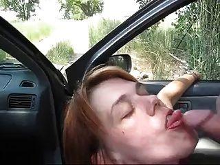 शौकिया milf झटका नौकरी के बाहर सह खाती है