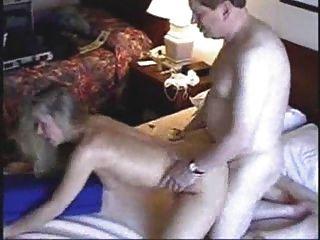 बड़े आदमी 1 के साथ होटल वेश्या