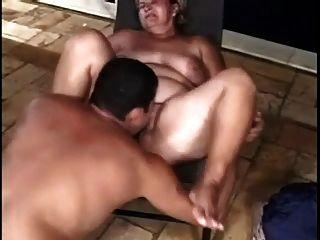दो मोटा बेकार है और अलग अलग आदमी के साथ fucks