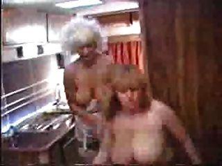 टाइटैनिक टोनी और लिन आर्मिटेज campervan समलैंगिक कार्रवाई