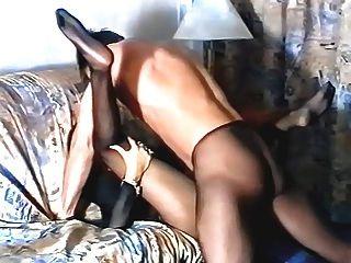 काले pantyhose में लड़की आदमी द्वारा गड़बड़ हो रही है