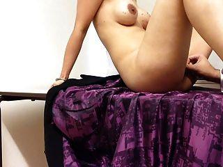 ब्रिटिश भारतीय देसी पंजाबी पत्नी