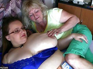 मोटा दादी और पुराने दादी शर्त कट्टर पर हस्तमैथुन