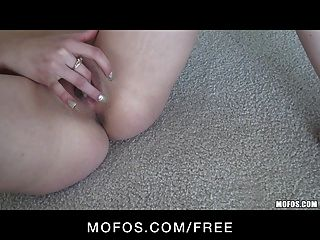गुलाबी चड्डियां उंगली fucks में सेक्सी खूबसूरत किशोरों की श्यामला फूहड़