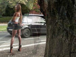 विनम्र फूहड़ वेश्या हथकड़ी स्पैन्डेक्स miniskirt चरम