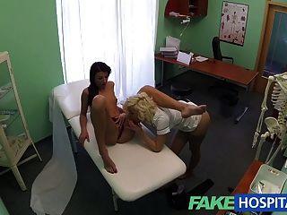 FakeHospital डॉक्टर और नर्स रोगियों गीला बिल्ली का आनंद