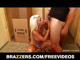 Brazzers, बिग टिट गोरा आकस्मिकता जैकी जोय प्यार करता है किसी न किसी सेक्स