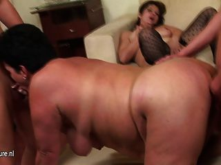 एक बहुत ही खास और गांठदार परिपक्व Sexfest