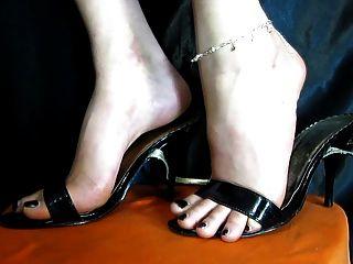 सेक्सी पैरों के जूते