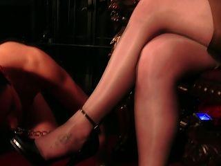लेडी सोफिया काला - एक बहुत ही सख्त मालकिन
