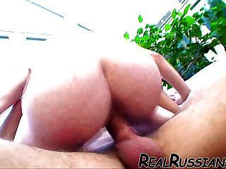 गर्म रूसी प्रेमिका प्रेमी द्वारा गड़बड़ हो !!