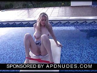 apdnudes.com पर brookie थोड़ा