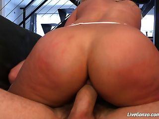 livegonzo ब्रीजेट ख बेब का आनंद ले रहे सेक्स