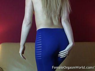 गर्म पुर्तगाली गोरा एकल हस्तमैथुन और orgasms