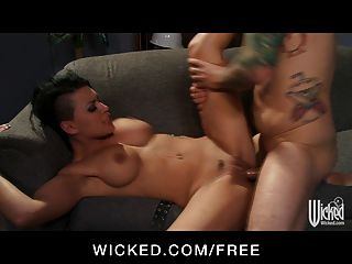 दुष्ट - सेक्सी श्यामला महिलाओं का दबदबा ईवा एंजेलीना प्यार करता है किसी न किसी सेक्स