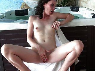 आदर्श पत्नी - गर्म हस्तमैथुन