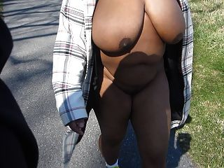titties कसरत