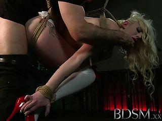 बीडीएसएम XXX निर्दोष बाद के चरणों को थप्पड़ मारा जाता है करार और गड़बड़