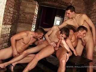 4-कुछ समूह सेक्स - भाग 2