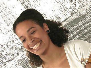 तिया खान बेले Metisse de Bordeaux दहेज SA प्रीमियर वीडियो