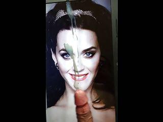 कैटी पेरी विशाल सह चेहरे श्रद्धांजलि