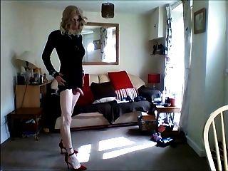 मेरे lil काले minidress 3