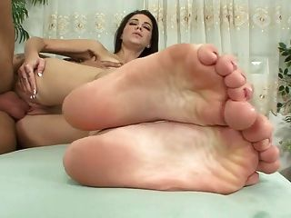 गर्म बकवास और पैरों