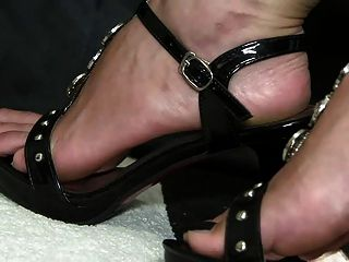 जूता बुत